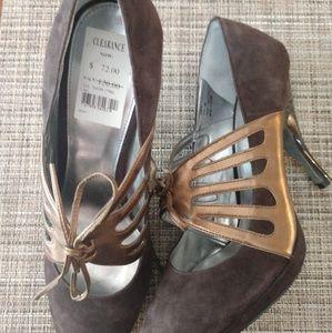"NWT Calvin Klein ""Jive"" Women's Heels"